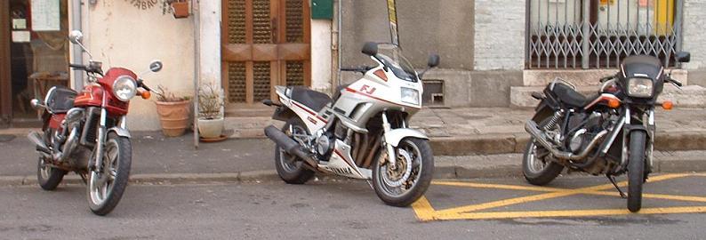 Yamaha 12/13 xjr : un must en roadster abordable... Sortie10