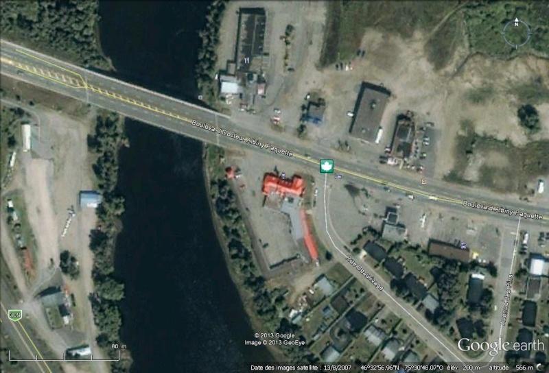 [Canada] - Mont-Laurier Le motel Le Riverain est la proie des flammes  Brasse13