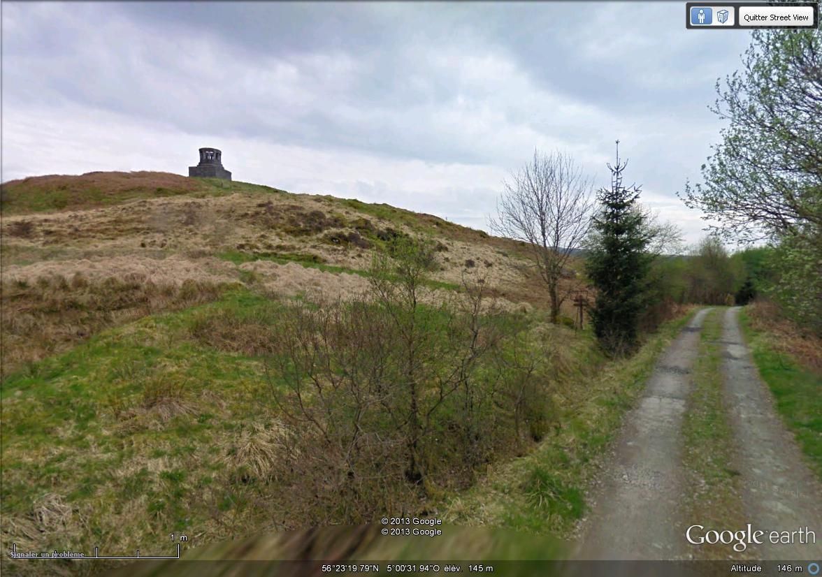[Royaume-Uni] - Monument en hommage au barde Ducan Ban Maclntyre, Loch Awe, Ecosse Monume15