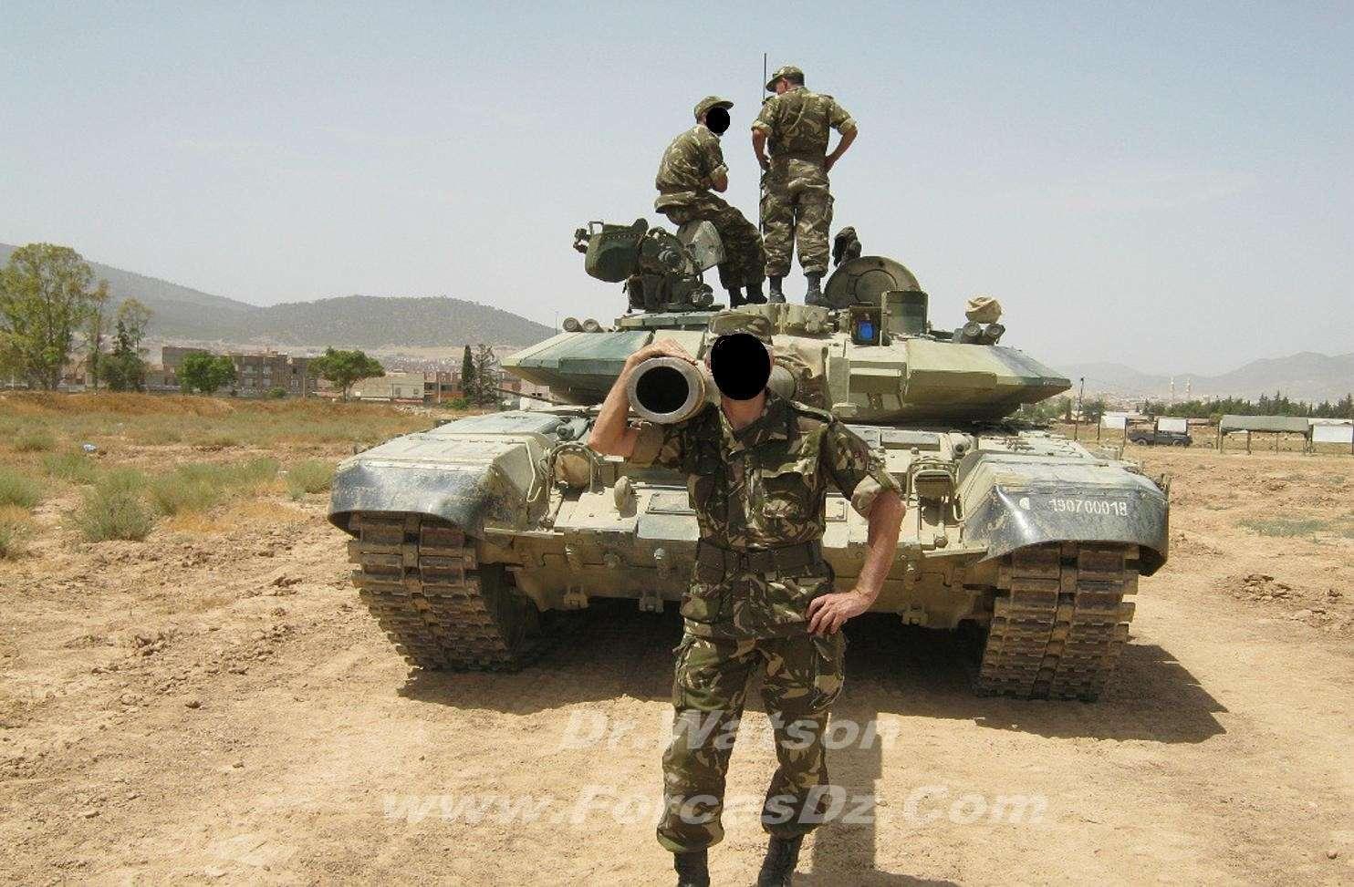 القوات البرية الجزائرية  T90610