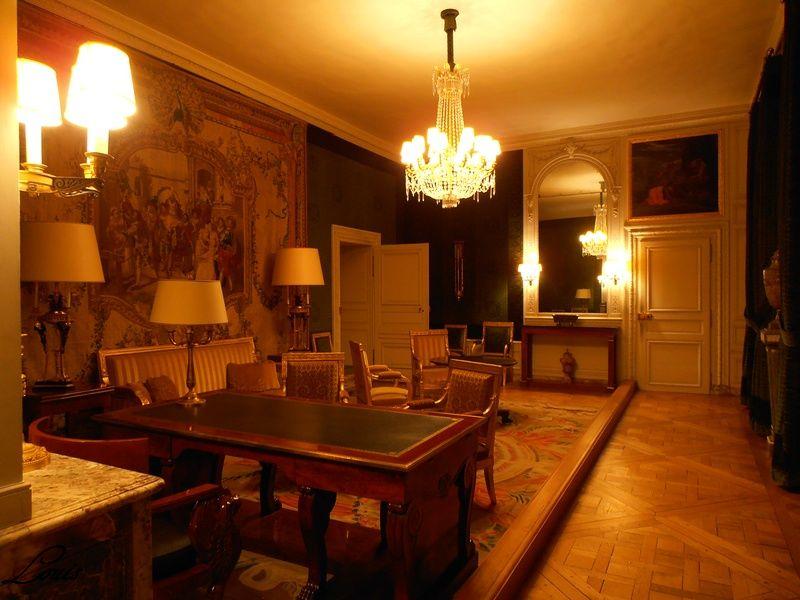 Un président chez le roi - De Gaulle à Trianon - Page 3 4_bure10