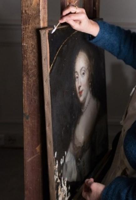 c2rmf à Versailles : Restauration des peintures D0q1id12
