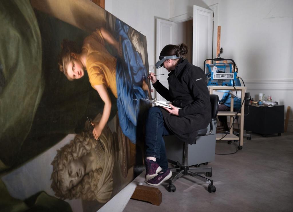 c2rmf à Versailles : Restauration des peintures D0q1if10