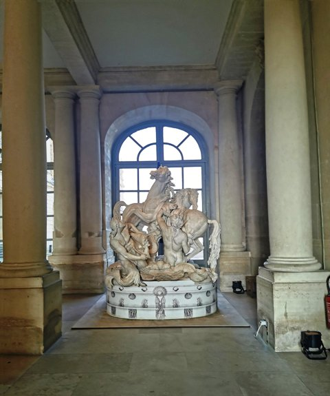 Exposition Les animaux du roi à Versailles - Page 2 Fbpxoz10