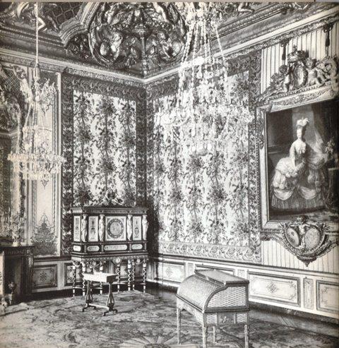 Acquisition de la Commode de Joubert par Fontainebleau  Img11110