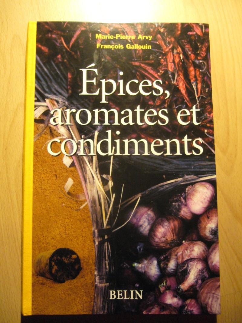 Livre sur les épices, aromates et condiments! P1110514