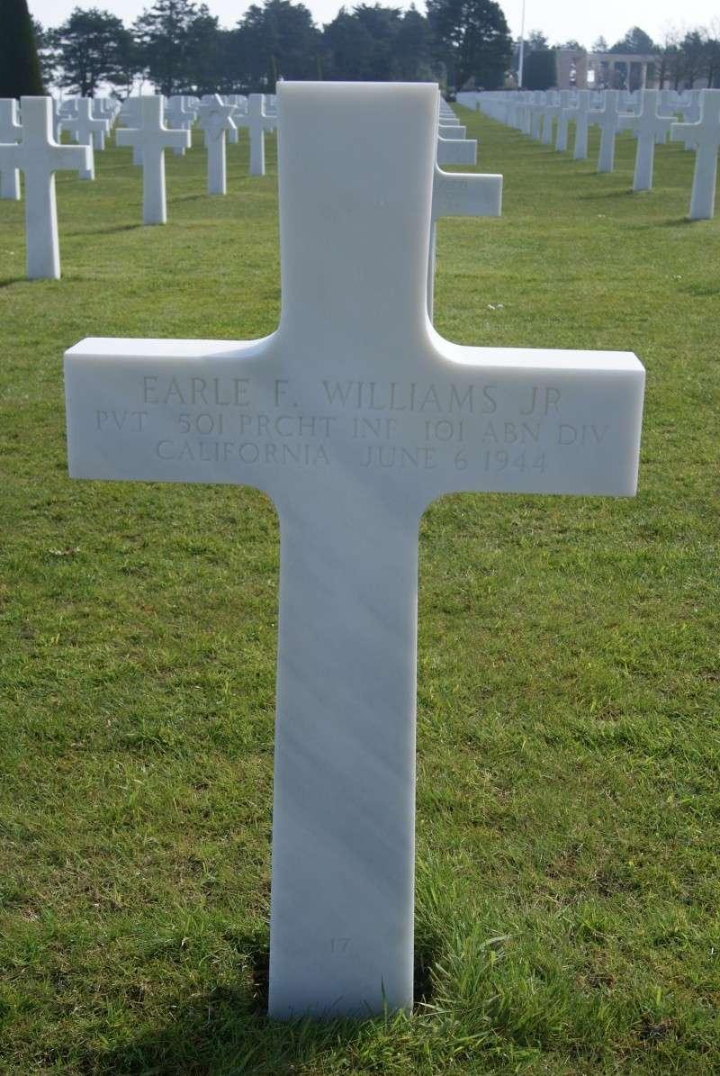 Monument WW2 - Picauville ( Normandie ) Dsc03313