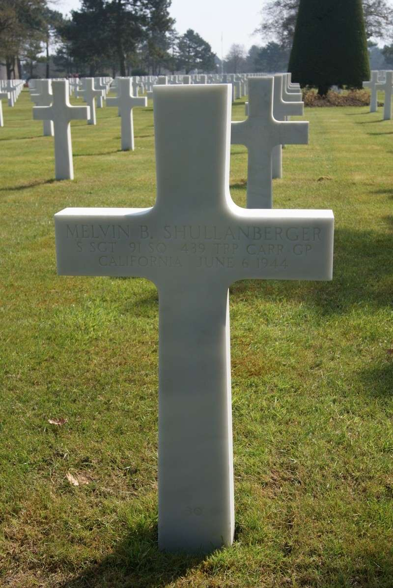 Monument WW2 - Picauville ( Normandie ) Dsc03321