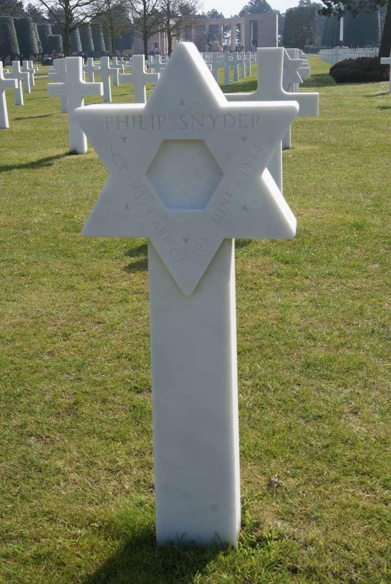 Monument WW2 - Picauville ( Normandie ) Dsc03327