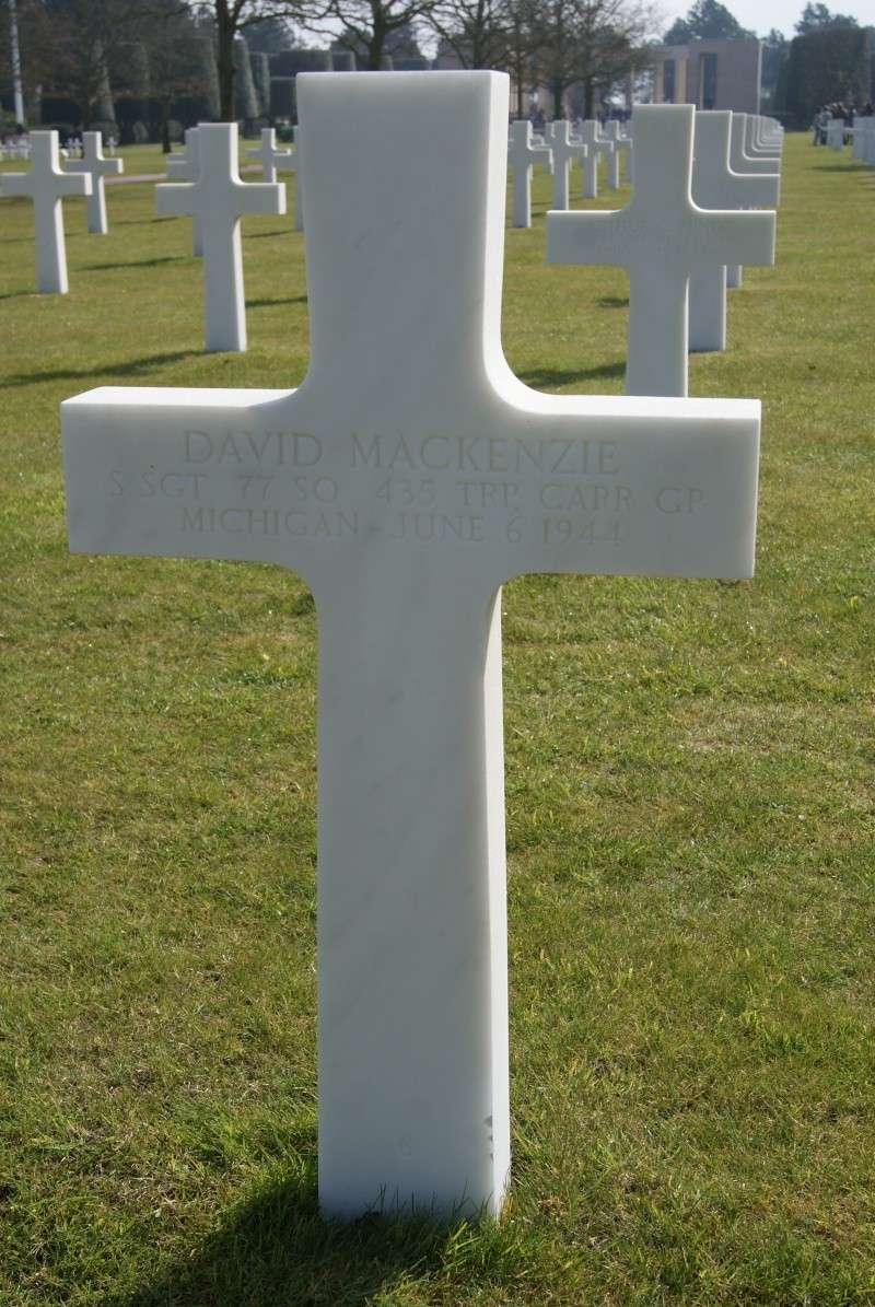 Monument WW2 - Picauville ( Normandie ) Dsc03340