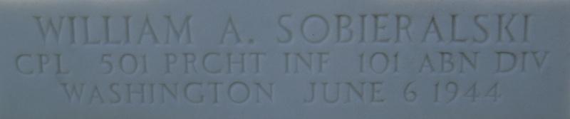 Monument WW2 - Picauville ( Normandie ) Dsc03342