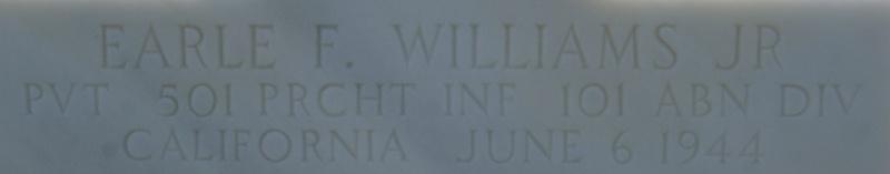 Monument WW2 - Picauville ( Normandie ) Dsc03410