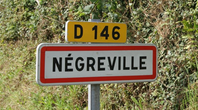 Monument WW2 - Négreville (Normandie) Dsc08510