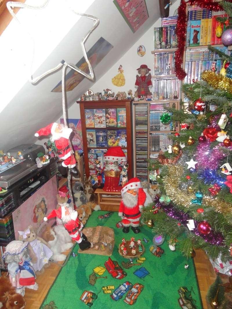 Votre décoration de Noel - Page 3 Dsc01111