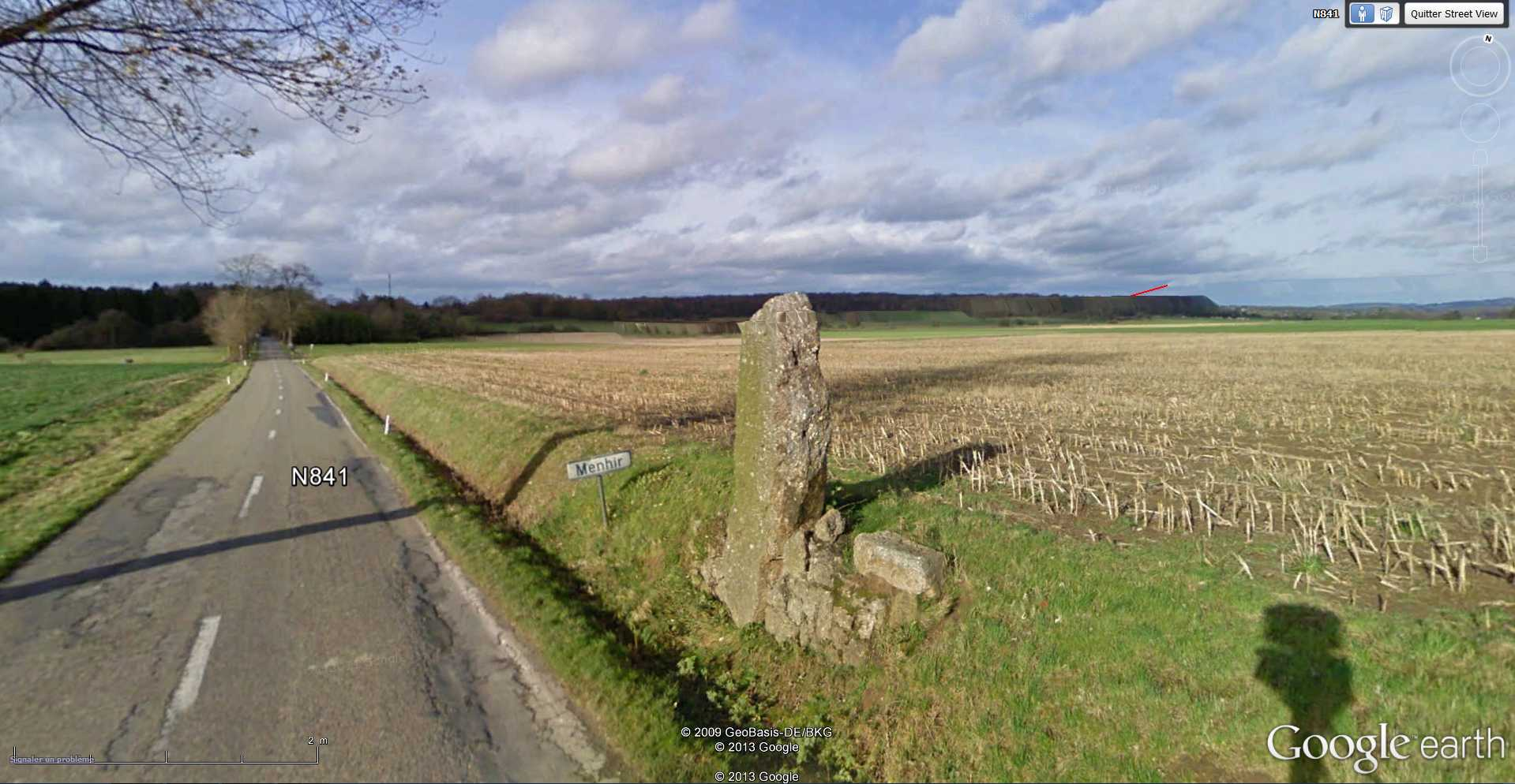 Street View : Menhirs, dolmens et autres mégalithes - Page 2 2013-063