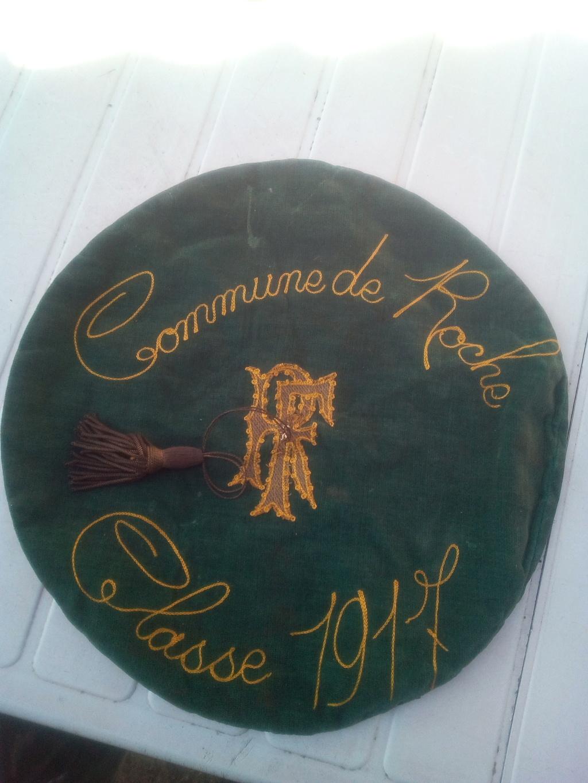 Bérêts de Roche dans l'Isère classe 1917  Img_2026