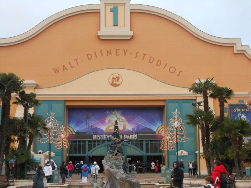TR [Terminé - Episode 11 - The Final, posté] d'un séjour magique à Disneyland Paris - Sequoia Lodge - du 30/12/12 au 2/01/13  - Page 5 Dscn0827