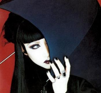 Elegant Gothic Aristocrat (EGA) Fille-10