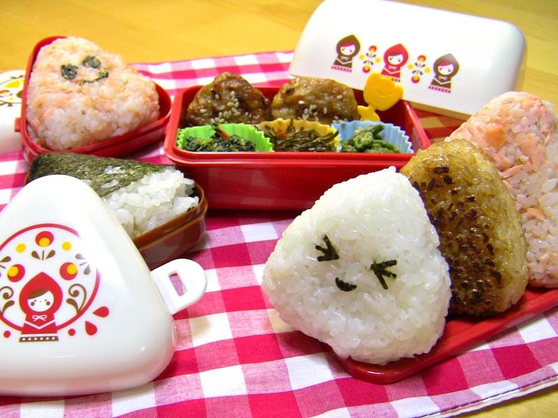 Recette d'onigiri #1 ! Celle avec la garniture DEDANS (=^w^=) Onigir10