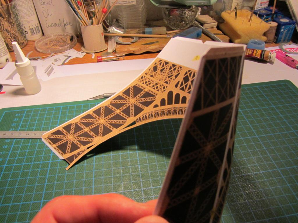 Der Eifelturm 1:300 gebaut von XEDOS Img_8024