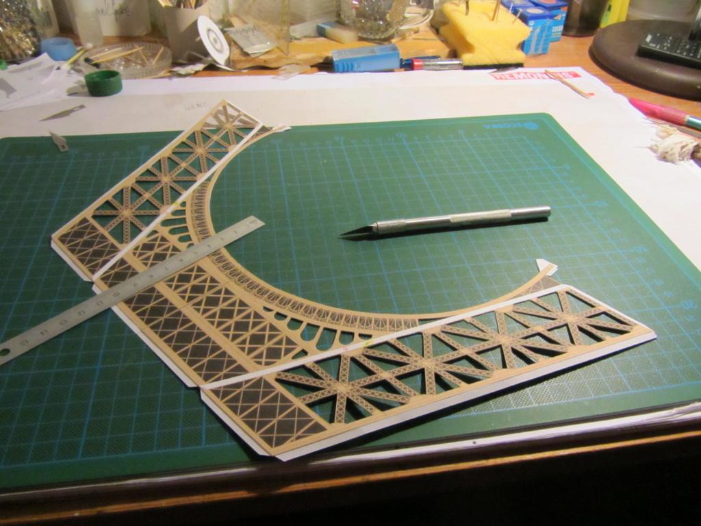Der Eifelturm 1:300 gebaut von XEDOS Img_8032