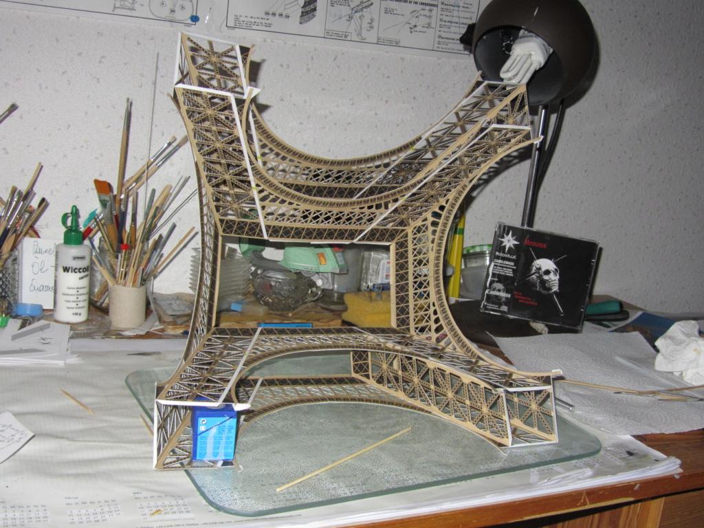 Der Eifelturm 1:300 gebaut von XEDOS Img_8110