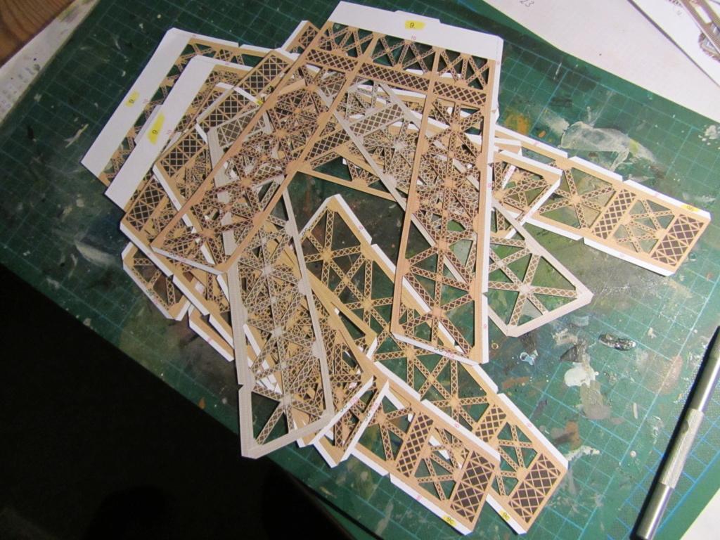 Der Eiffelturm 1:300 gebaut von XEDOS - Seite 2 Img_8117