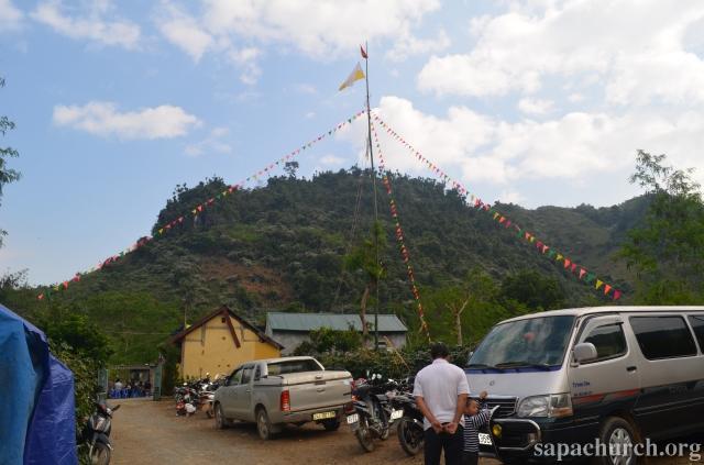 HMOOB CATHOLIC NYOB COB TSIB TEB (Hmong Catholic Vietnam) - Page 5 Dienbi10