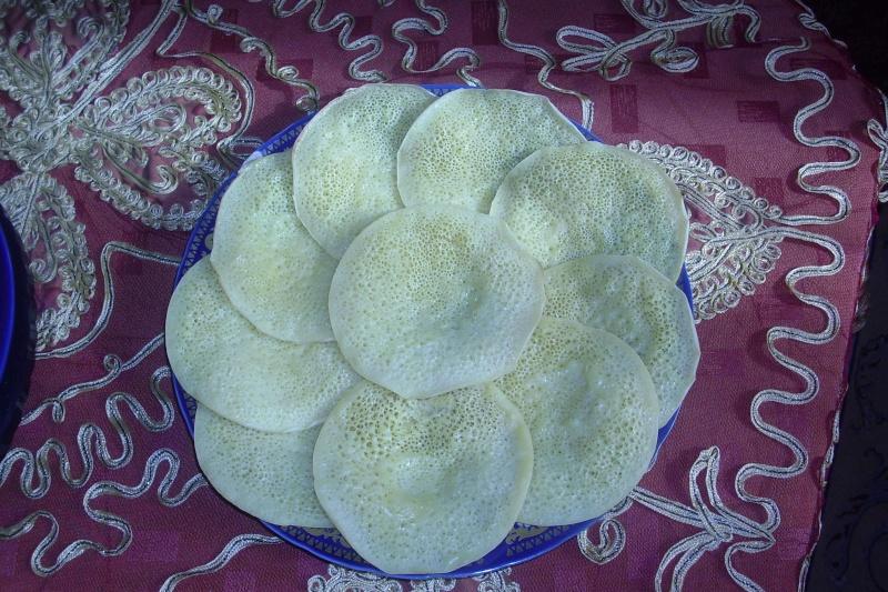 Baghrir ou Beghrir ou B'ghrir marocain/Pancakes marocains/Crêpes marocaines aux mille trous/Version rapide Dsci0020