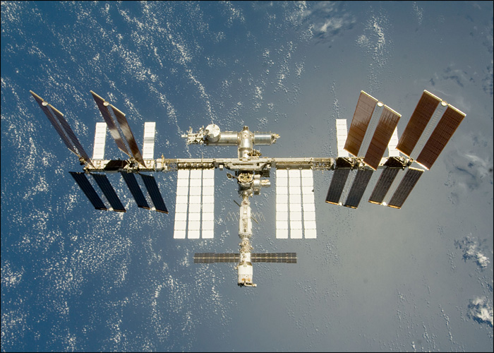 The International Space Station (IT'S REAL!) Iss_2010