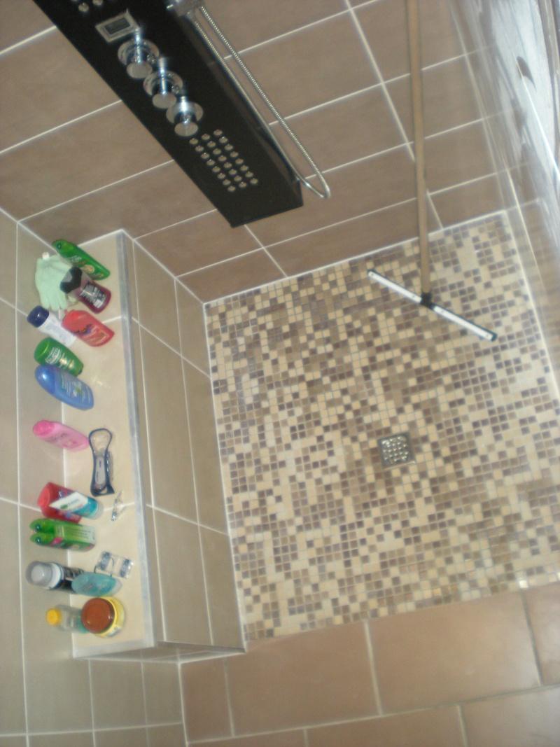 """cabine de douche ou douche à carreler façon """"italienne"""" ??? - Page 10 Dscn2110"""