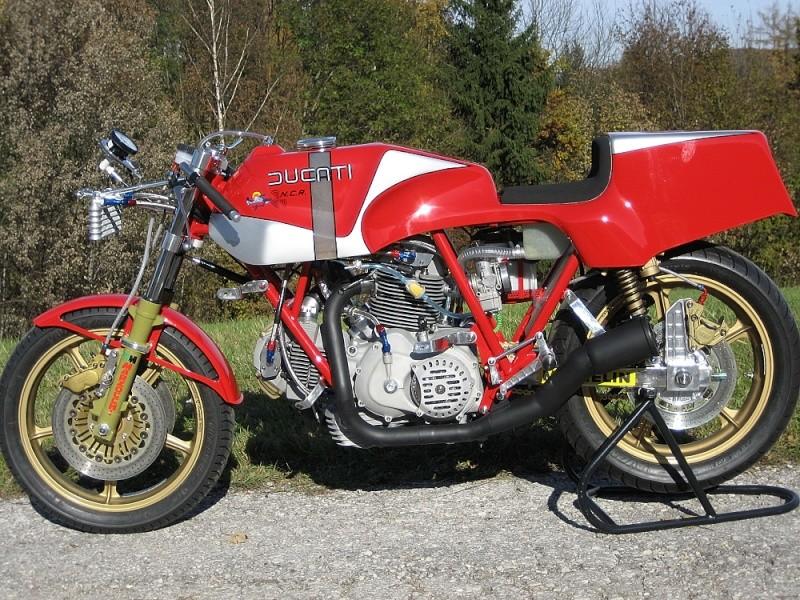 Ducati Twins à Couples Coniques : C'est ICI - Page 3 22011011