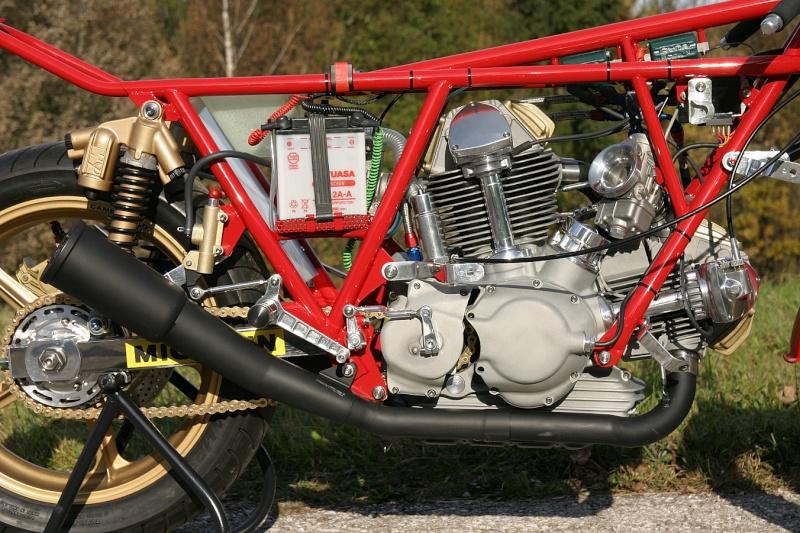 Ducati Twins à Couples Coniques : C'est ICI - Page 3 22011012