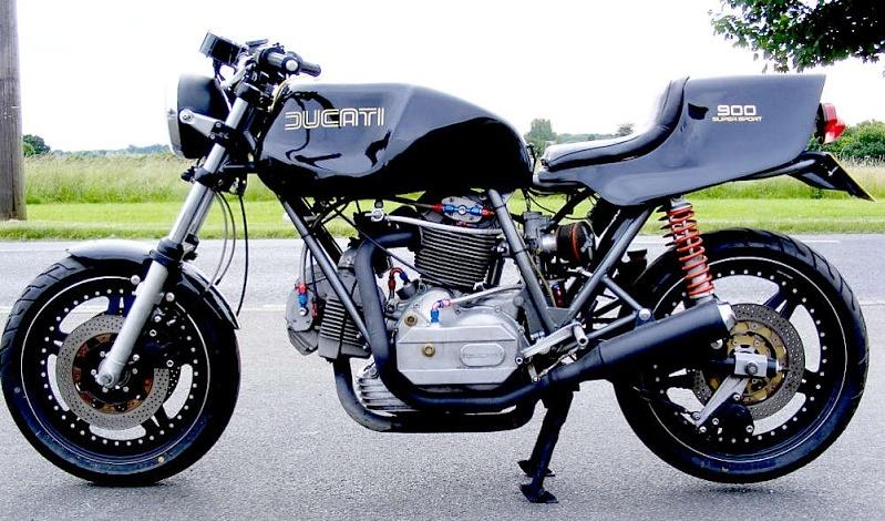Ducati Twins à Couples Coniques : C'est ICI - Page 3 900_ss10