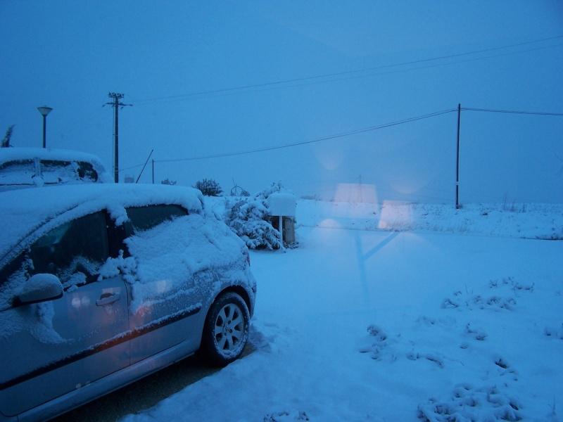 la neige est-elle arrivée chez vous ?  - Page 10 100_8210