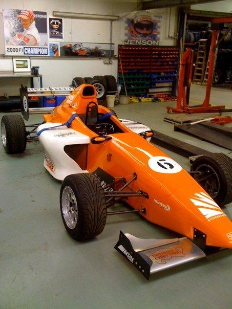 Imagenes de carros Formula Silverstone (muy parecidos a los Formula SENA) Carro310