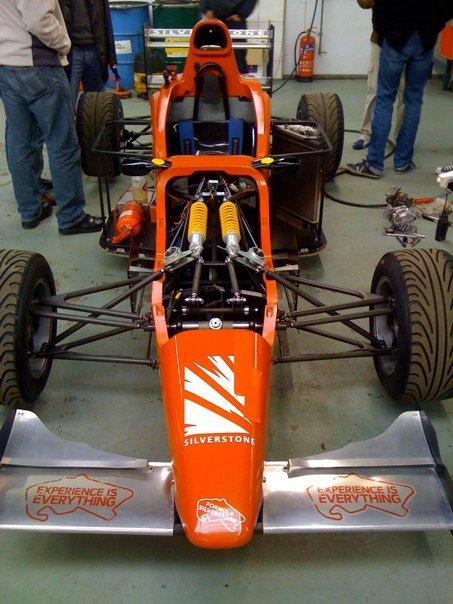 Imagenes de carros Formula Silverstone (muy parecidos a los Formula SENA) Carro610