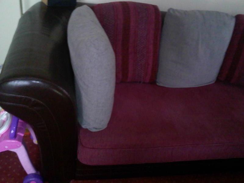 canapé rouge et gris...quel couleur le salon? Img23610