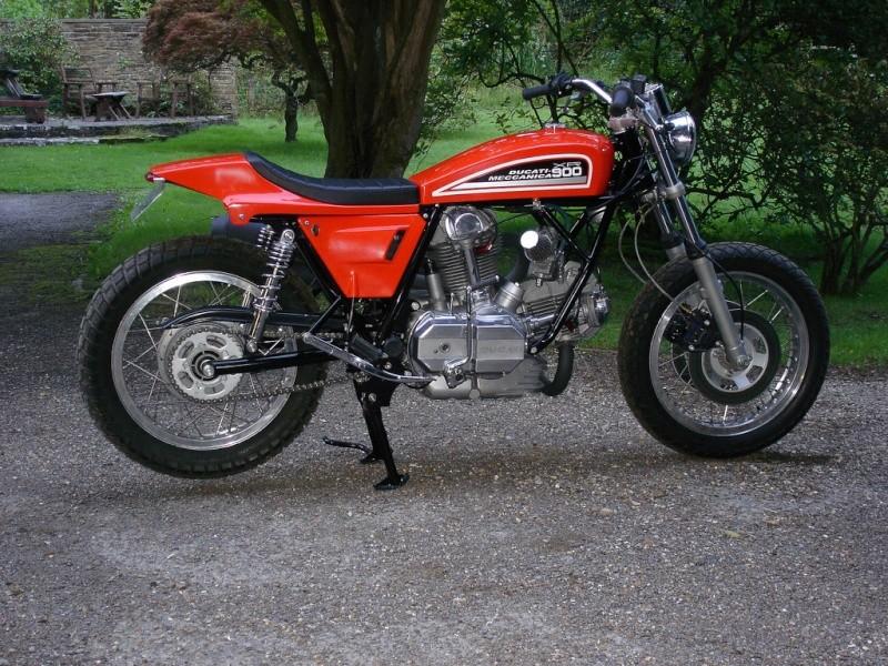 Ducati Twins à Couples Coniques : C'est ICI - Page 4 27671710