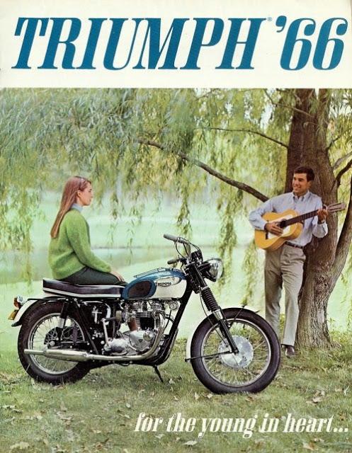 Affiche triumph - Page 2 32785310