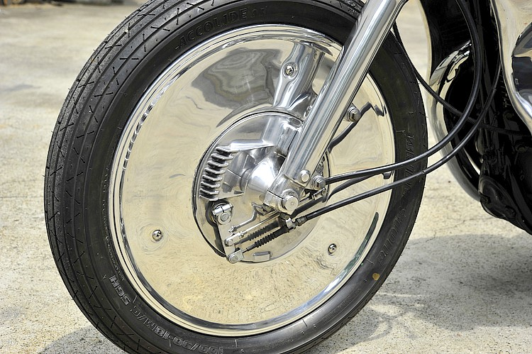 SR400 un peu chromée Detail12