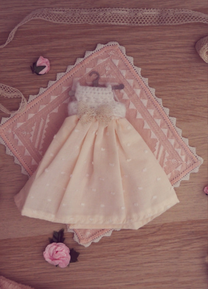 [VENTE] Outfits Appi, Poulpy, Pullip + chaussures MNF P6046513