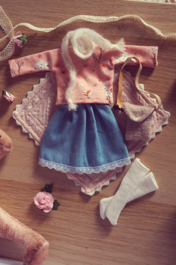 [VENTE] Outfits Appi, Poulpy, Pullip + chaussures MNF P6046536