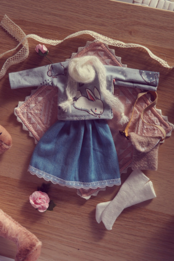 [VENTE] Outfits Appi, Poulpy, Pullip + chaussures MNF P6046537