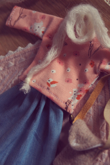 [VENTE] Outfits Appi, Poulpy, Pullip + chaussures MNF P6046538