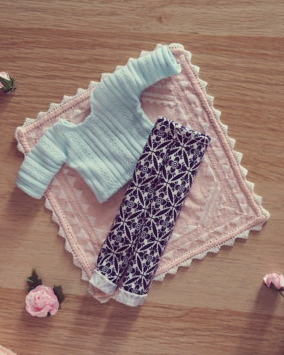 [VENTE] Outfits Appi, Poulpy, Pullip + chaussures MNF P6126511