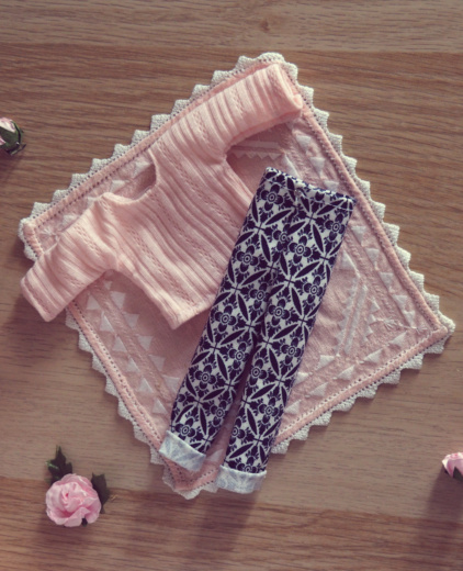 [VENTE] Outfits Appi, Poulpy, Pullip + chaussures MNF P6126512