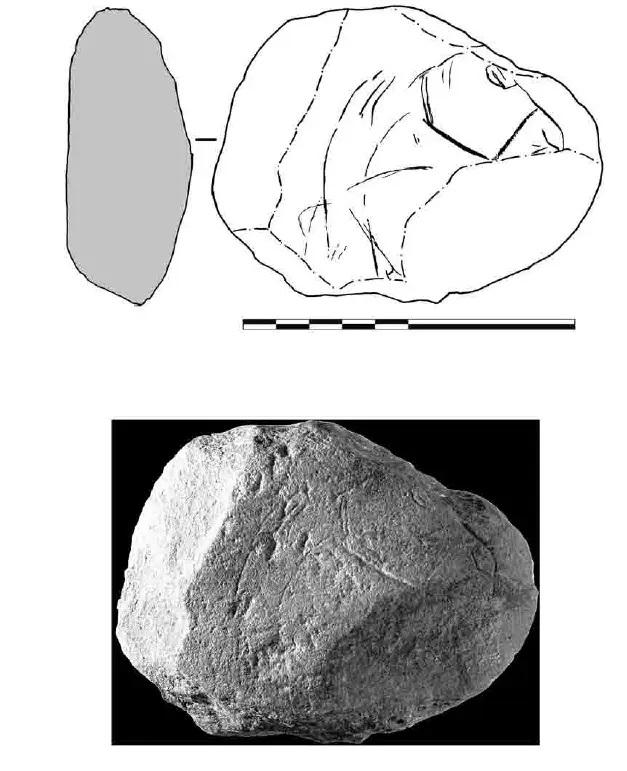 Galets et os gravés magdaléniens de la grotte de la Colombière (Neuville sur Ain / Poncin) 41-03d10