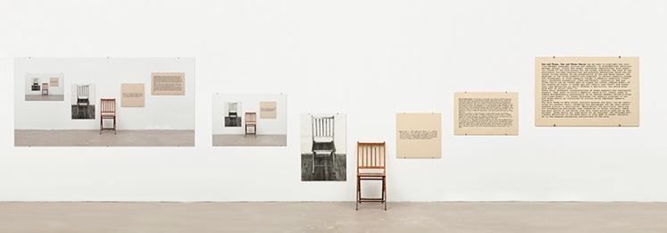 Le motif de la chaise dans l'art Antoni10