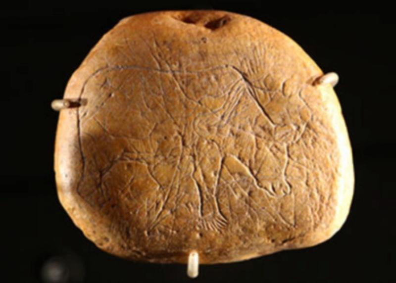 Galets et os gravés magdaléniens de la grotte de la Colombière (Neuville sur Ain / Poncin) B_gale10